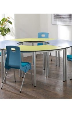 contemporary-meeting-table-set