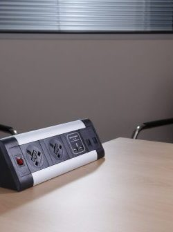 desk-top-power-module-with-smart-charge-hub-black